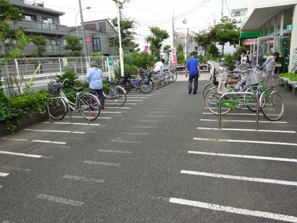 Grocery store parking is awesome in Japan.
